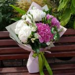 Buchet cu hortensii alb, roz