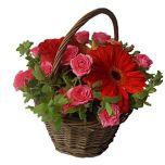 Cos vesel cu flori